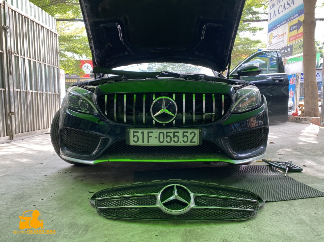 Phụ Kiện Xe Sang Mercedes Benz cung cấp tất cả các dịch vụ về độ xe