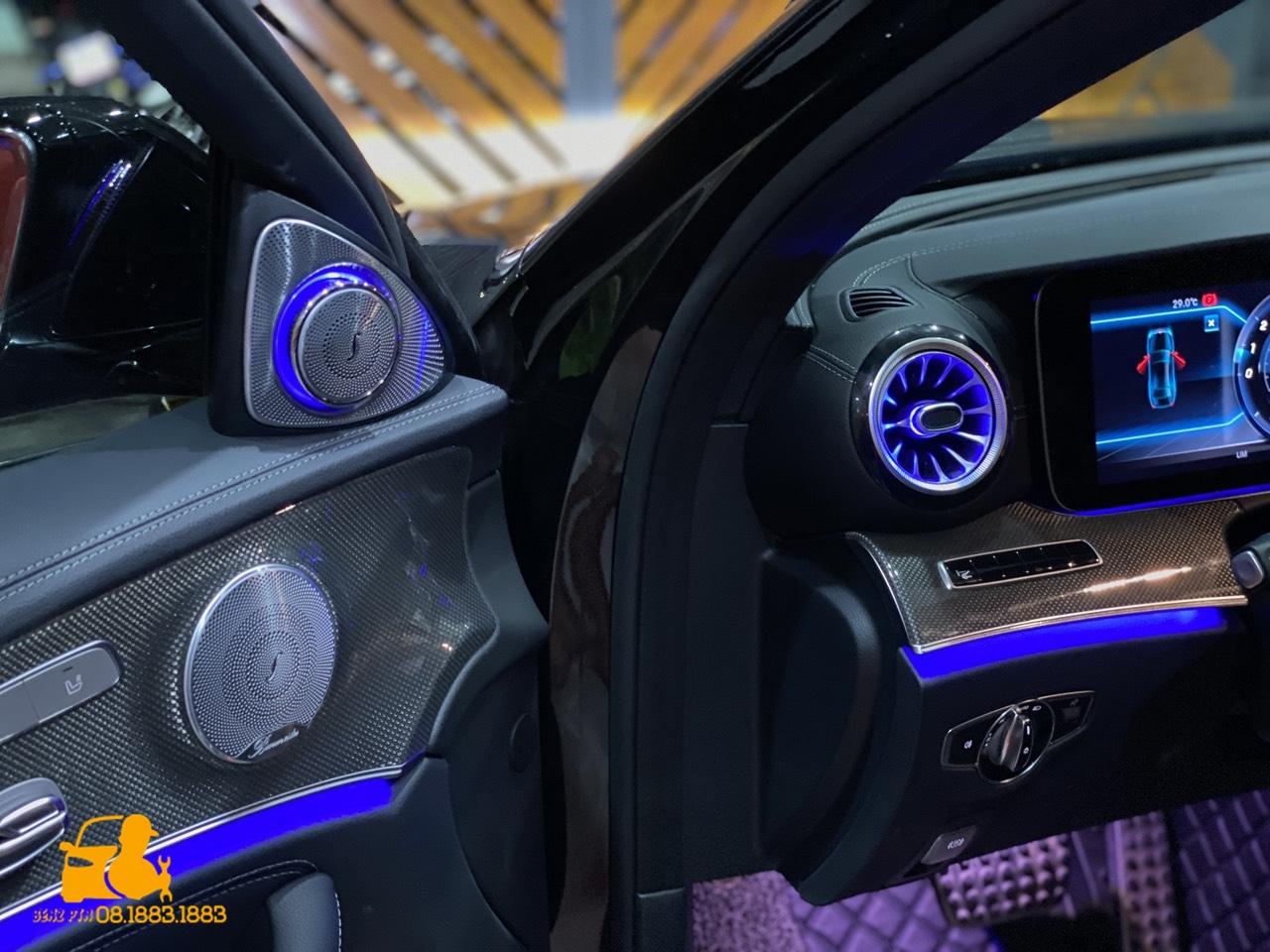 Các tính năng ưu việt của loa xoay cho xe Mercedes