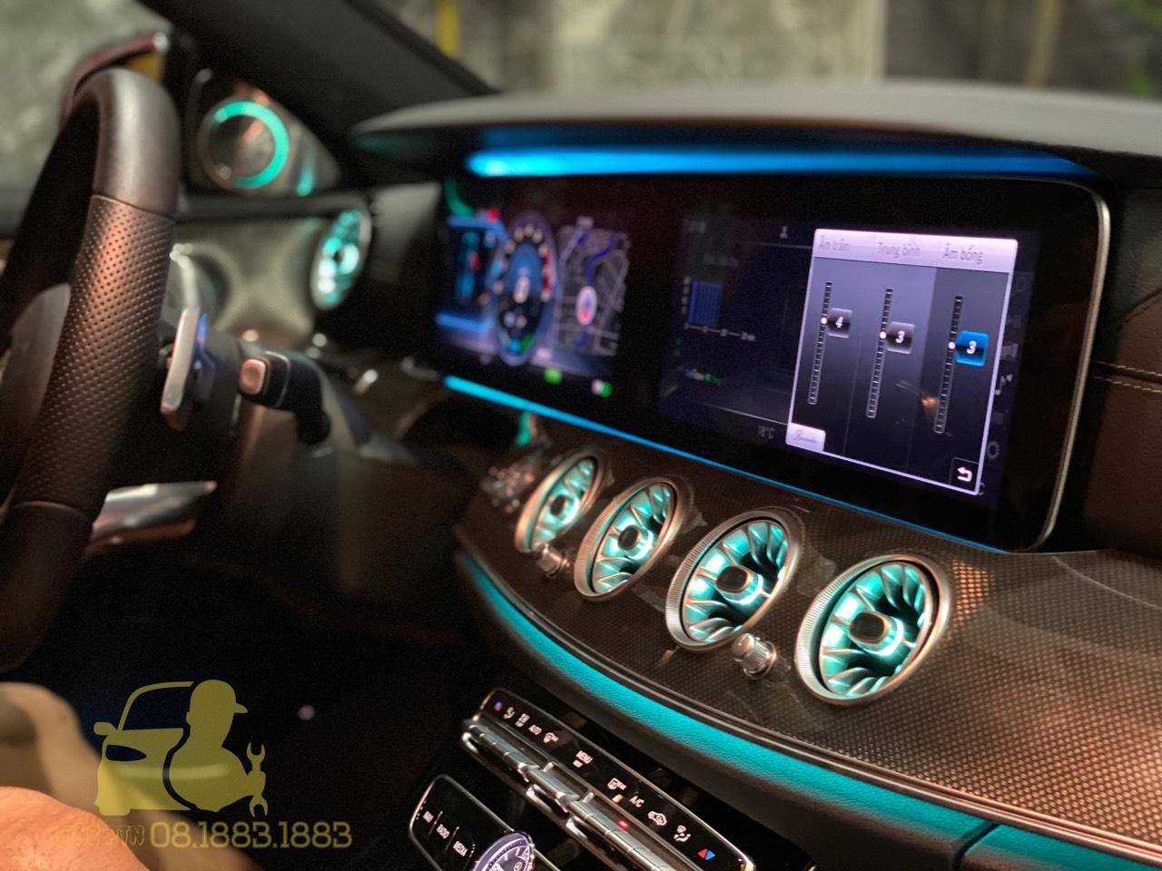 Phụ Kiện Xe Sang Mercedes Benz là nơi lắp đặt loa xoay góc chữ A uy tín